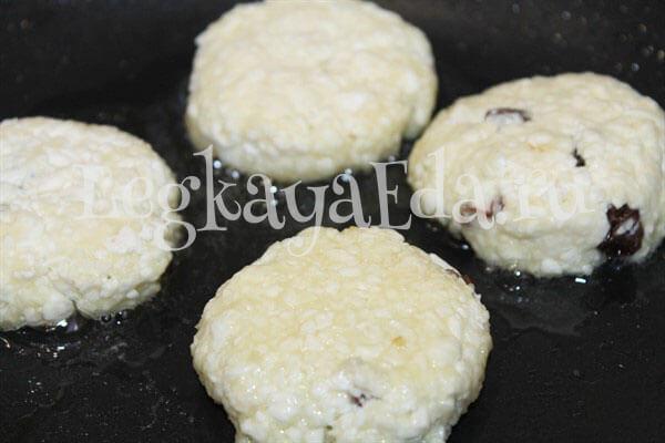 сырники рецепт с творогом классические пошаговый на сковороде вкусные