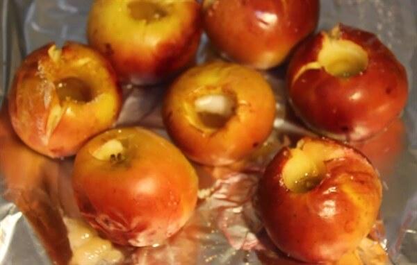 Как приготовить печеные яблоки и в духовке: 11 рецептов, советы