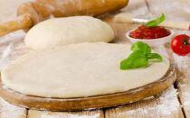 Тесто для пиццы на дрожжах – простые рецепты дрожжевого теста в домашних условиях