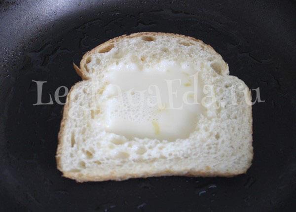 как делать омлет из яиц и молока на сковороде