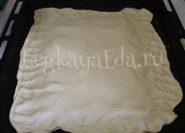 пирог из слоеного дрожжевого теста рецепты с фото в духовке