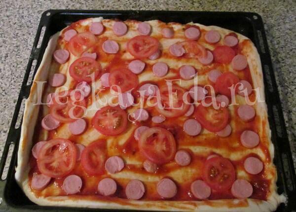 рецепт пиццы в домашних условиях в духовке с фото с колбасой и сыром