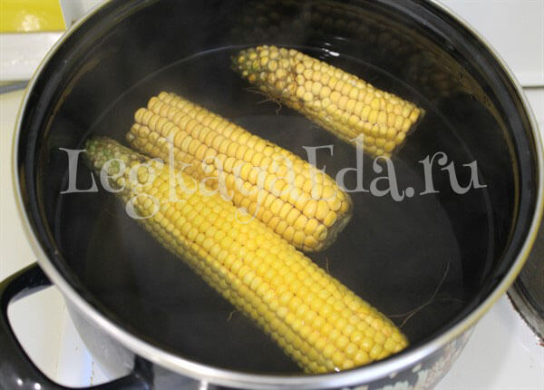 сколько варится кукуруза по времени в кастрюле
