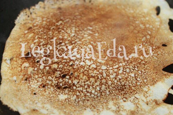 рецепт блинов на кефире тонкие с дырочками с кипятком