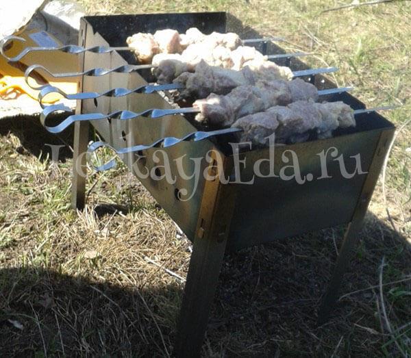 как приготовить шашлык из свинины на мангале