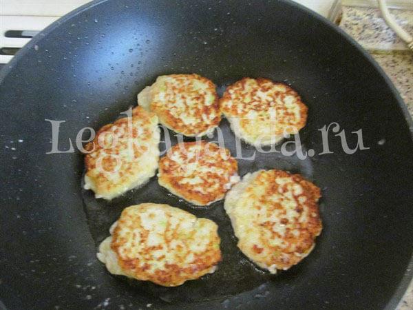 Куриные котлеты с кабачком - Пошаговый рецепт с фото