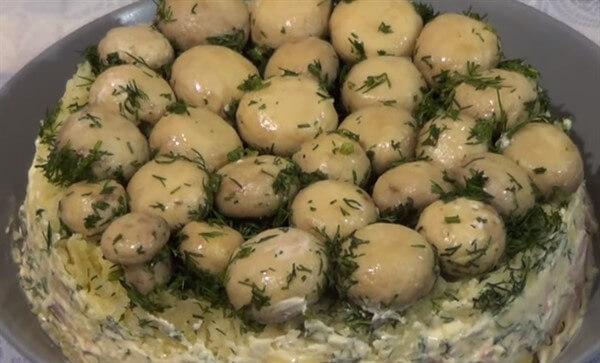 Салат Грибная поляна рецепт с видео