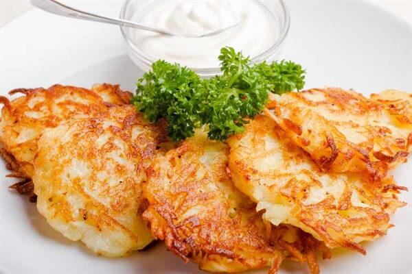 Картофельные оладьи из сырой картошки