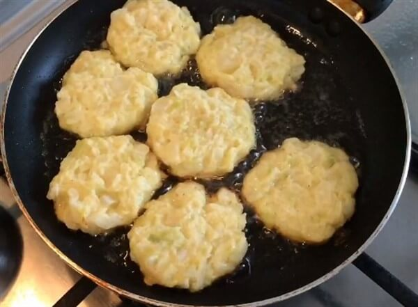 Капустные котлеты: самые простые и очень вкусные рецепты приготовления