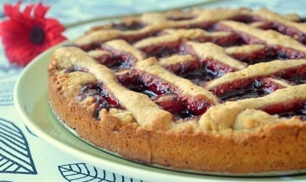 Пирог с вареньем на скорую руку — 10 простых и легких рецептов