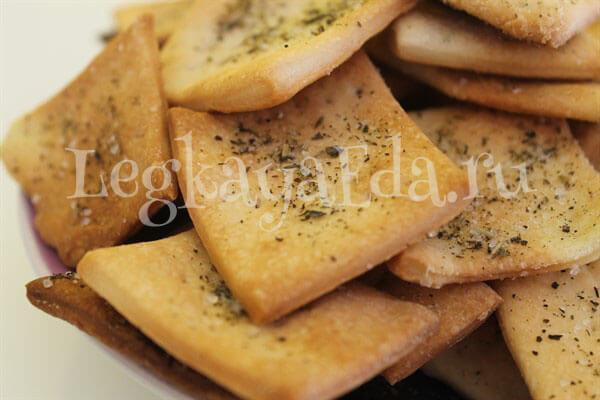 постное печенье на рассоле от огурцов в духовке
