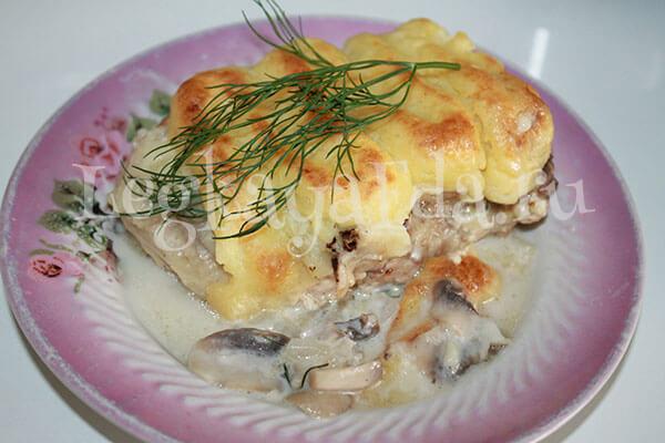 мясо в шубке из картофельного пюре