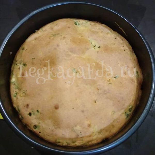ленивый пирог с яйцом и зеленым луком в духовке