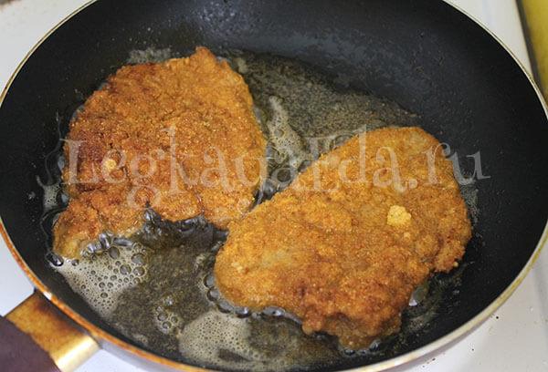 сочные и нежные отбивные из свинины на сковороде